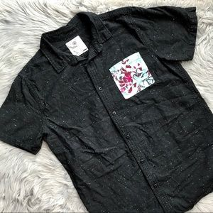On The Byas Pocket Tee